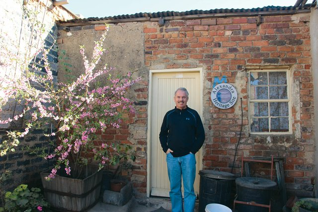 John-at-Mandela's-house-in-Alexandra.jpg