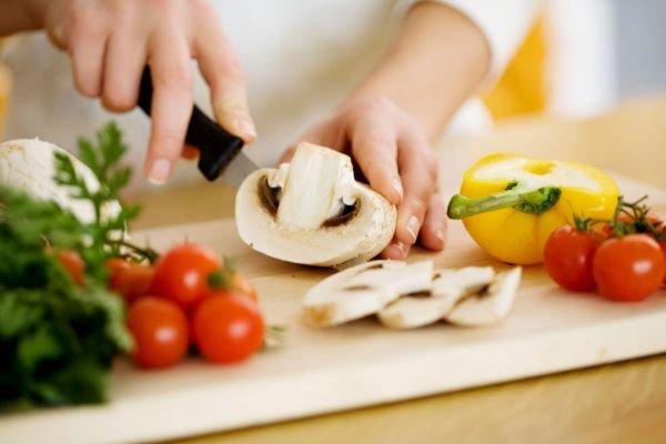 chef_hands.jpg