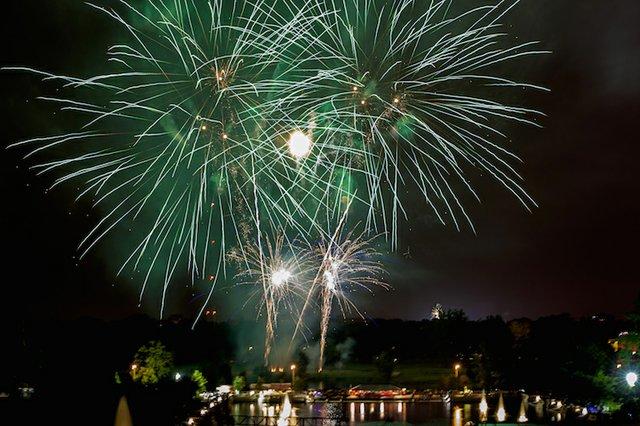 Fireworks - CREDIT Roger Popwell.jpg