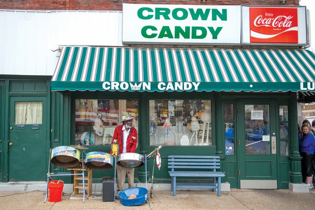 Jamaica Ray Brings the Sounds of the Caribbean to Crown Candy in ...
