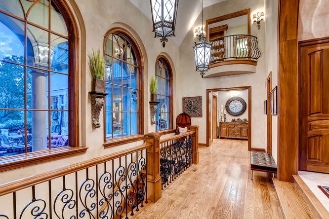 Home Saint Louis Foyer Unme : On the market million ladue estate features an