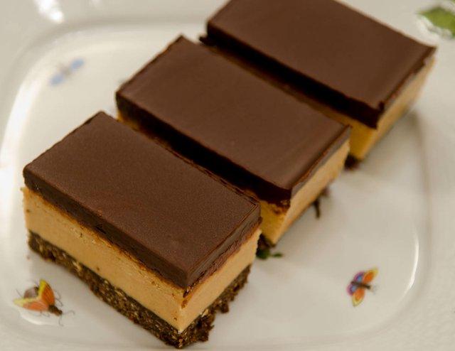 No Bake Peanut Butter Bars (1 of 1).jpg