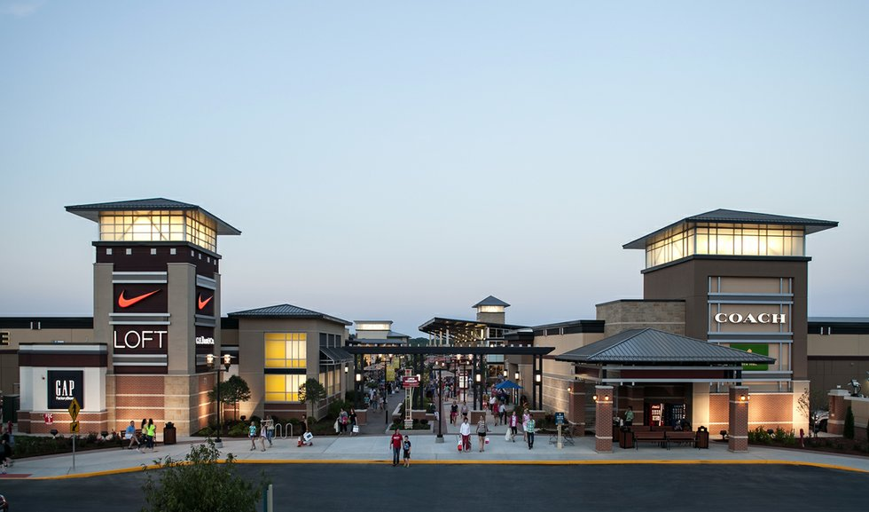 A Survival Guide To The Outlet Mall Scene
