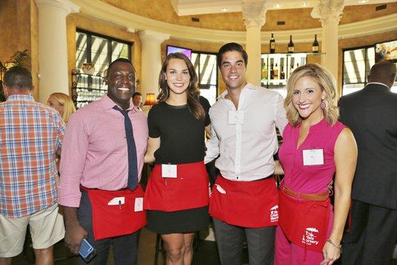 2016  003Crisis Nursery Celeb Waiters.jpg