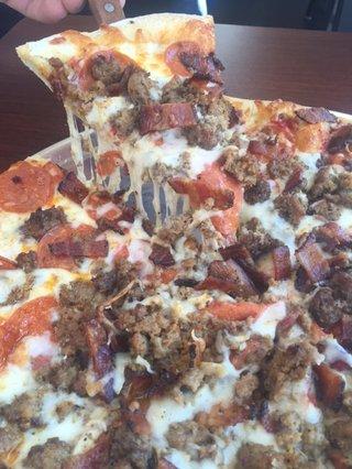SP_meatpizza1.JPG