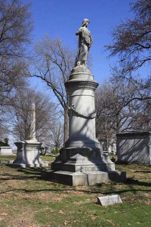 Joseph Griesedieck Grave.jpg