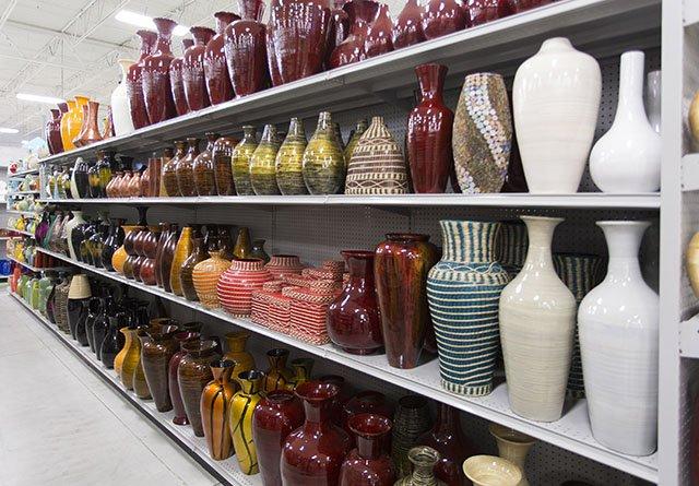 Retail country decor