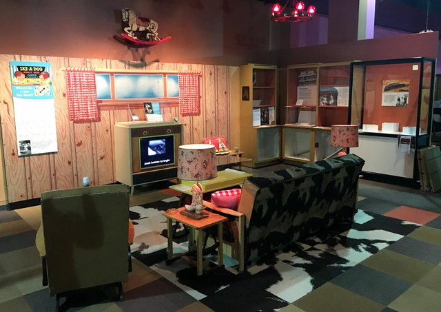 50s-living-room.jpg