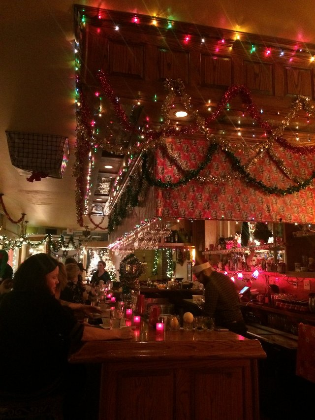 Planter S House Opens Pop Up Christmas Bar In Lafayette