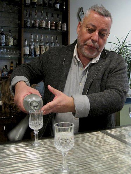 tasting portrait Zamir pouring.jpg