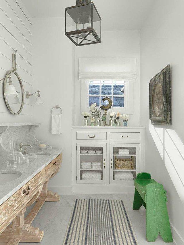 9 Guest Bath.jpg
