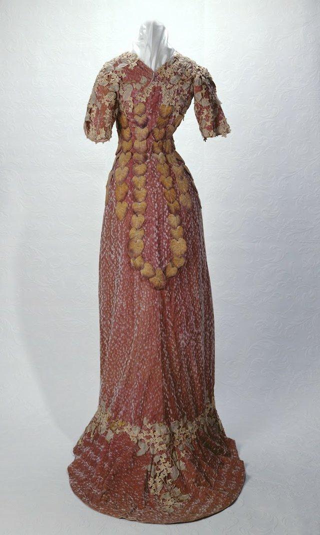 Lavender Dress Front Back c. 1909 1963-023-0017.jpg