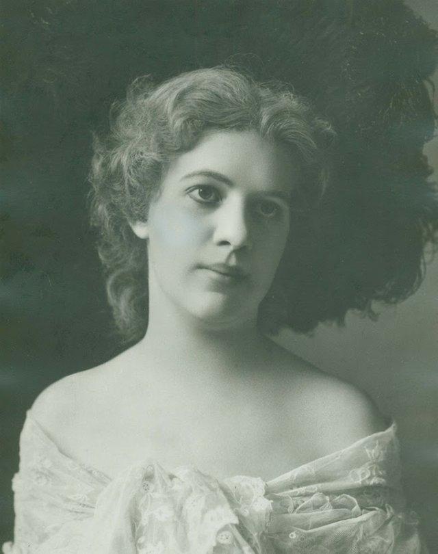 Lillian Handlan Lemp 1905  N38656.jpg