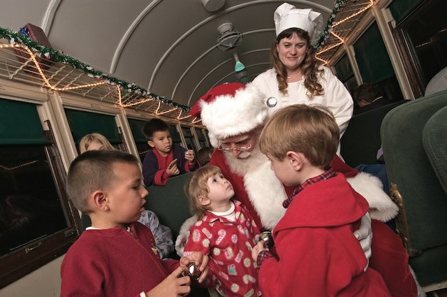 Kids Meet Santa on The Polar Express.jpg