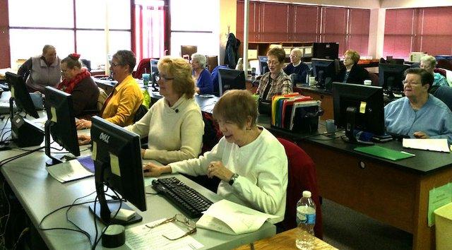 stlgs volunteers.jpg