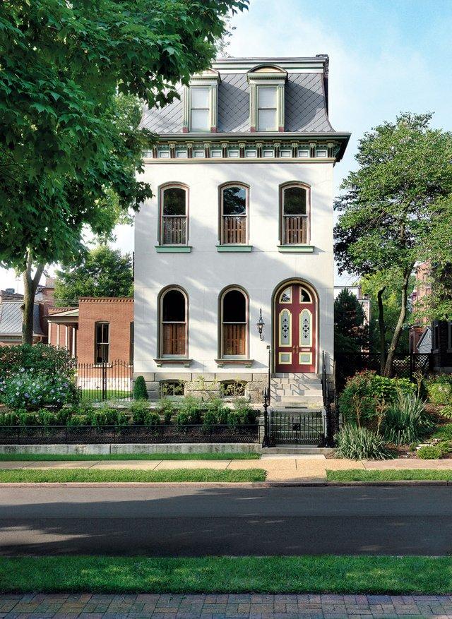 1824-Kennett-Place.jpg