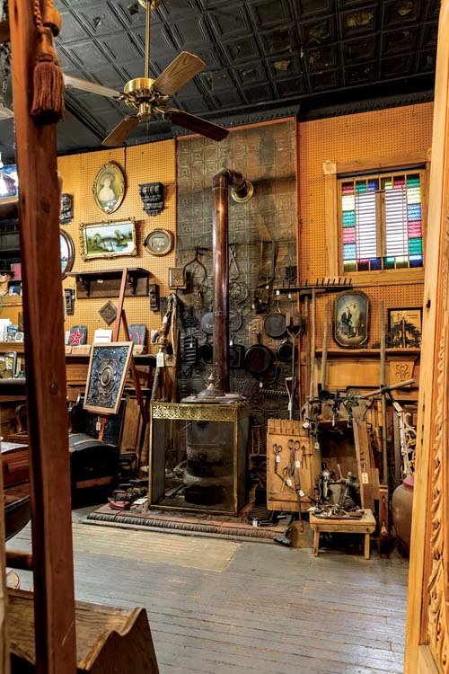 20151105_RiversideAntiques_0006.jpg - Where To Find St. Louis' Best Salvage Style