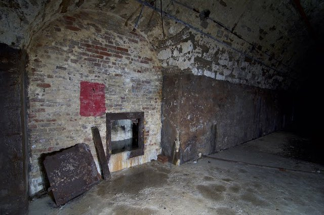 Subbasement of Malt House, showing southernmost barrel vault and access to bedrock wall, photograph by Jason Gray..jpg