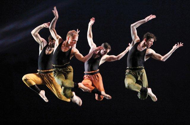 DANCE-ST-LOUIS,-Paul-Taylor-in-Syzygy-1-copy.jpg