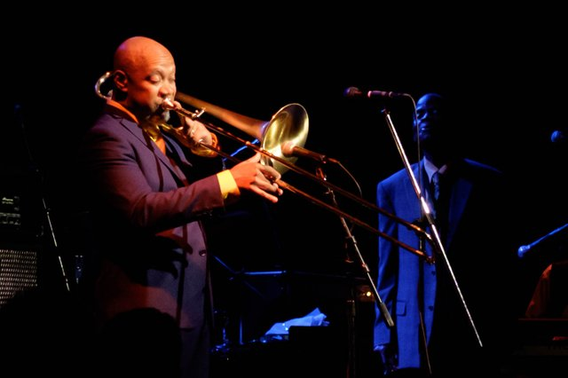 Greg_Boyer_and_Maceo_Parker.jpg