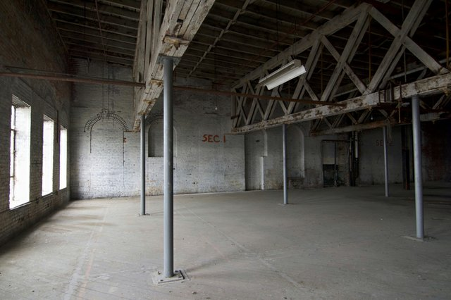 Third Floor of Brew House Extension showing roof trusses and former location of beer cooling pans, Photograph by Jason Gray.jpg