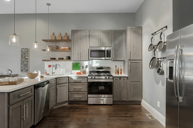 3313WisconsinAve_kitchen3.jpg