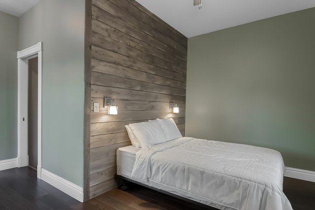 3313WisconsinAve_bedroom1.jpg