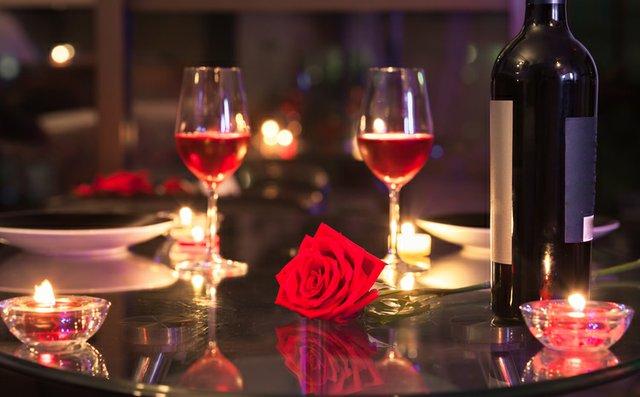 Картинки по запросу romantic dinner