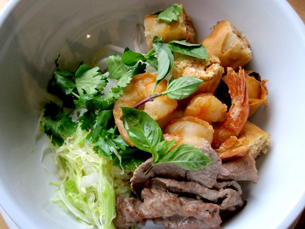 Pho Long opens second location on South Grand