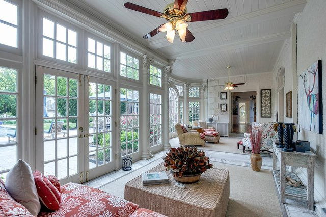 4Brentmoor_sunroom2.jpg