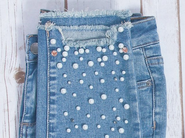 pearl-detail-denim_800x600.jpg