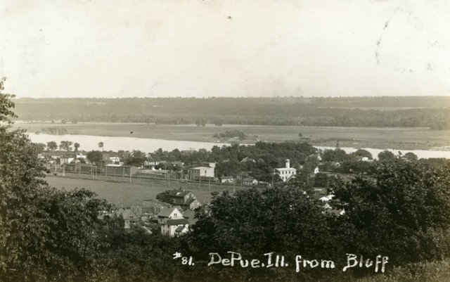 DePue Overlook, Image Courtesy of Bureau County Historical Society.jpg