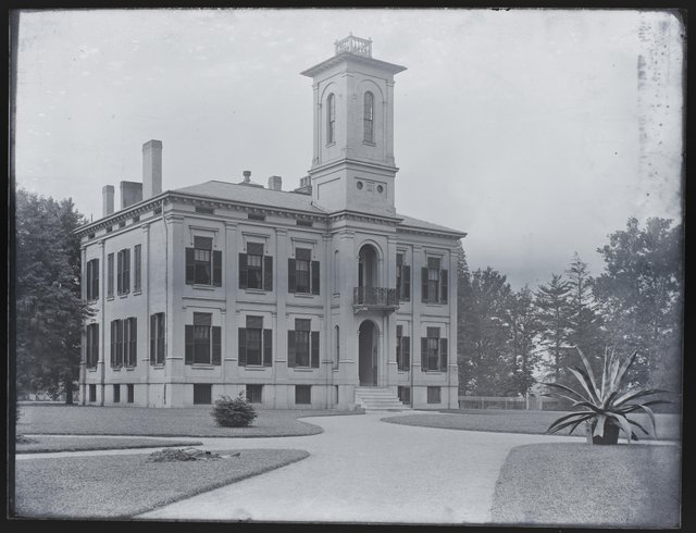 Henry Shaw's House in Shaw's Garden, Missouri History Museum, P0245-S03-00072-6G.jpg