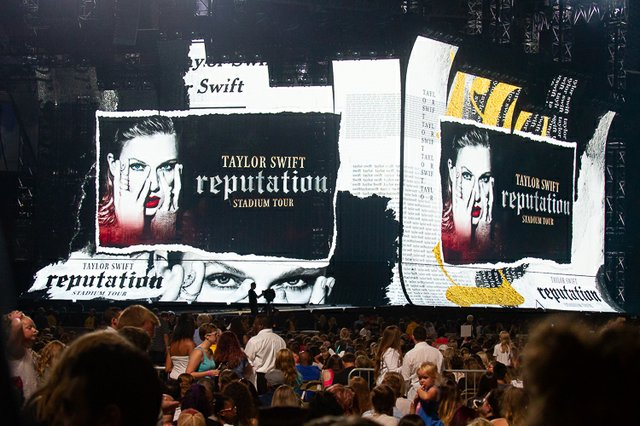 Photos Taylor Swift S Reputation Tour Packs The Dome