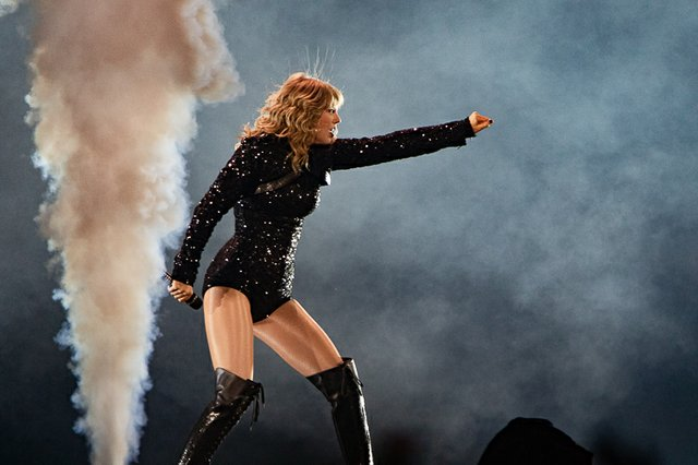 Reputation Tour 038.JPG
