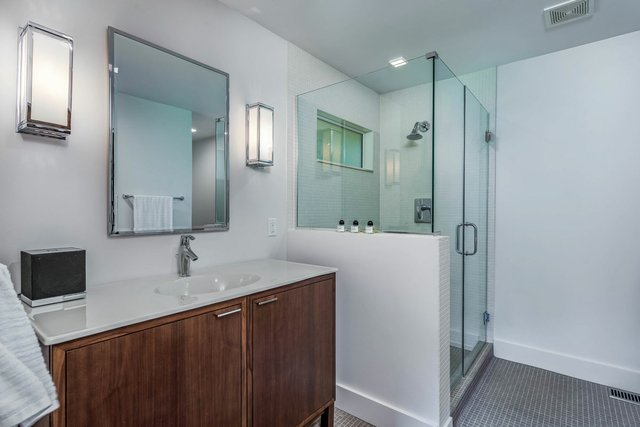 SSpoede_bathroom.jpg