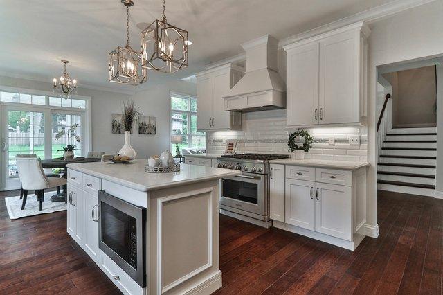724-E-Madison-Ave-kitchen.jpg