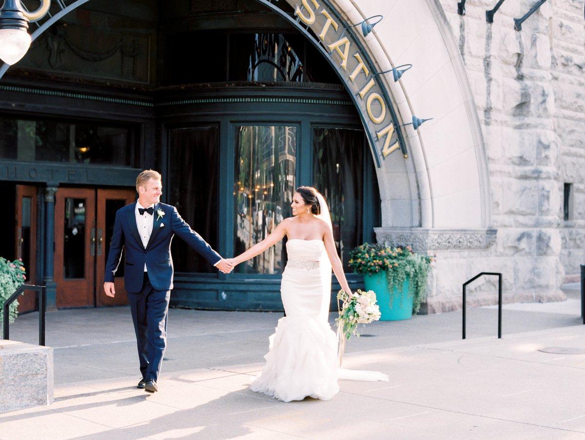 St Louis Couple Chose Shrine Of St Joseph And Union Station Grand