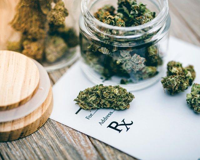 0119_MedMarijuana.jpg