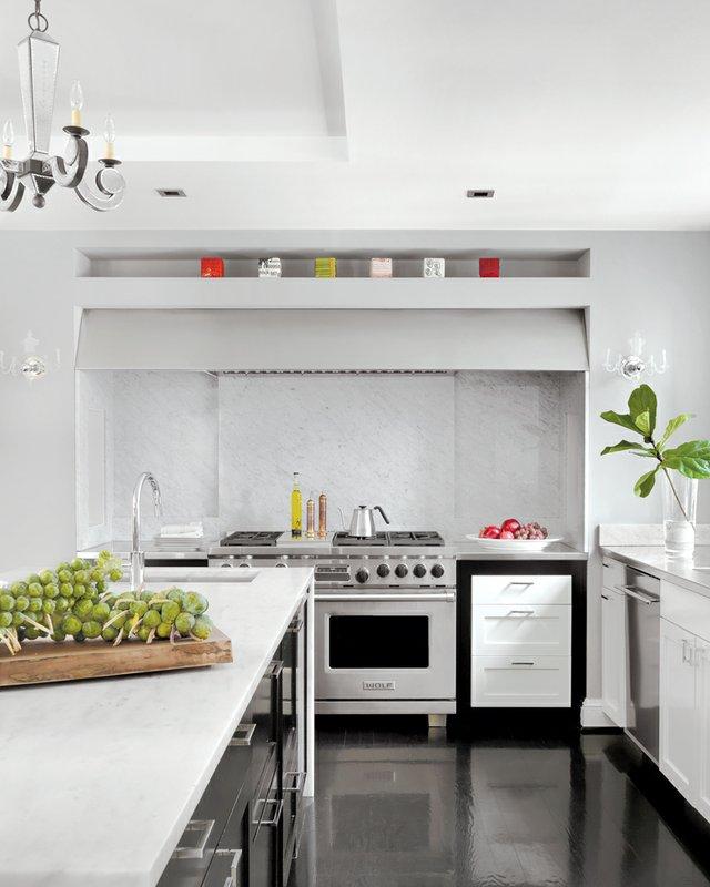 AK_Kitchen-Straight-on.jpg