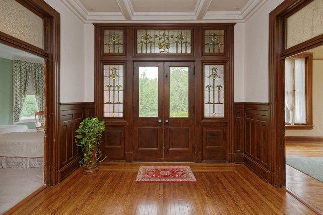 Missouri 2nd flr balcony doors.jpg
