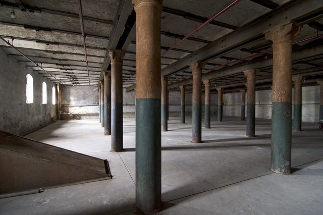 Interior of Fermenting House, Showing Windows, Photo by Jason Gray.jpg