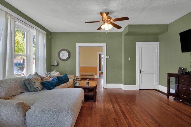 629 bates street st louis MO-print-007-2-Family Room-2400x1600-300dpi.jpg