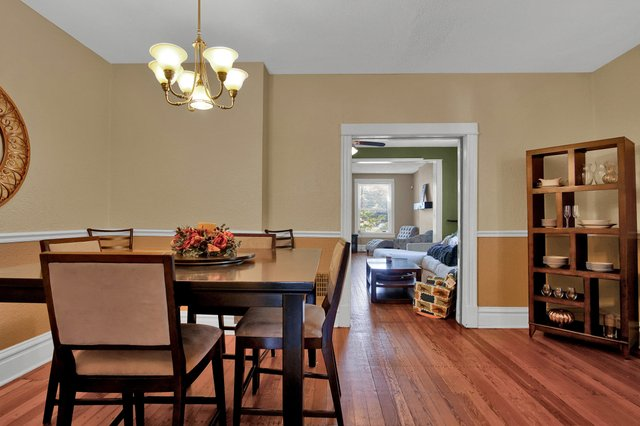 629 bates street st louis MO-print-013-7-Dining Room-2400x1600-300dpi.jpg