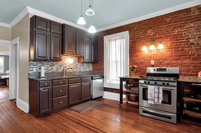 629 bates street st louis MO-print-016-3-Kitchen-2400x1600-300dpi.jpg