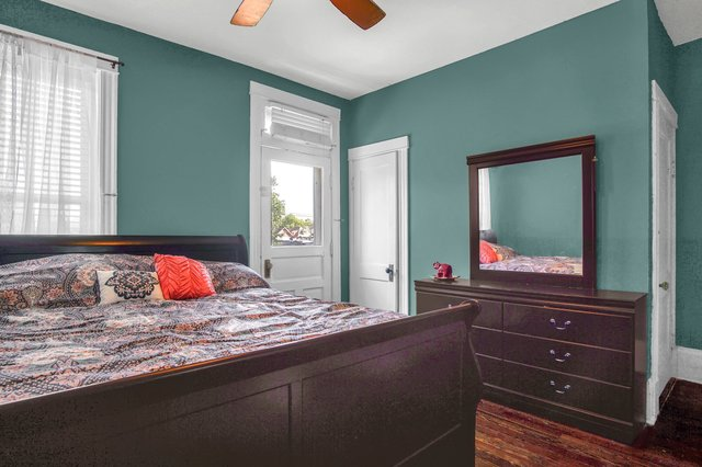 629 bates street st louis MO-print-023-12-Bedroom-2400x1600-300dpi.jpg