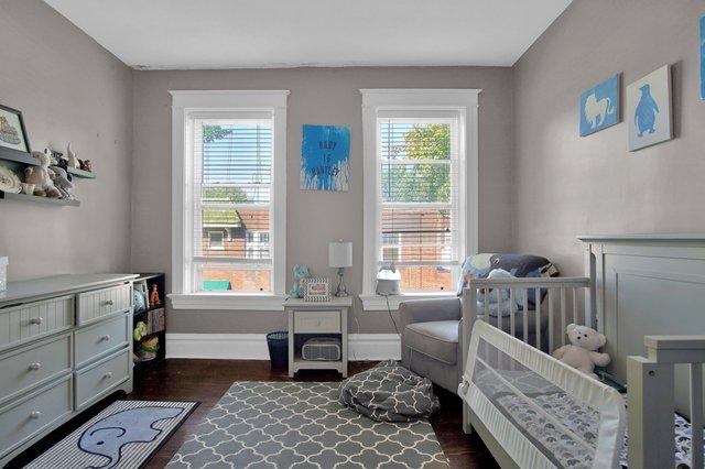 629 bates street st louis MO-print-026-16-Bedroom-2400x1600-300dpi.jpg