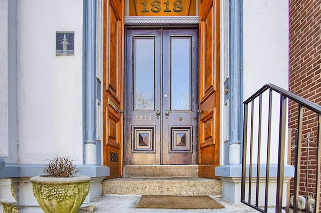 1818 LaSalle St St Louis MO-print-040-25-Front Door-3008x1998-300dpi.jpg