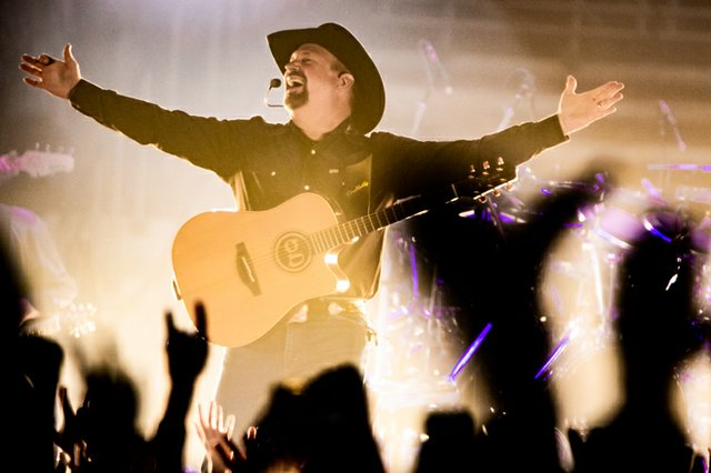 Garth Brooks 030.JPG