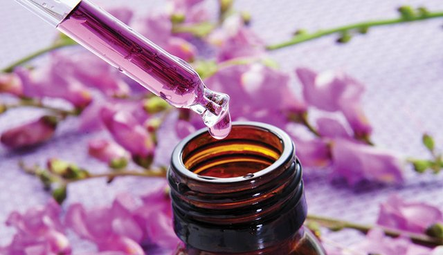 flower-essences-143649001.jpg